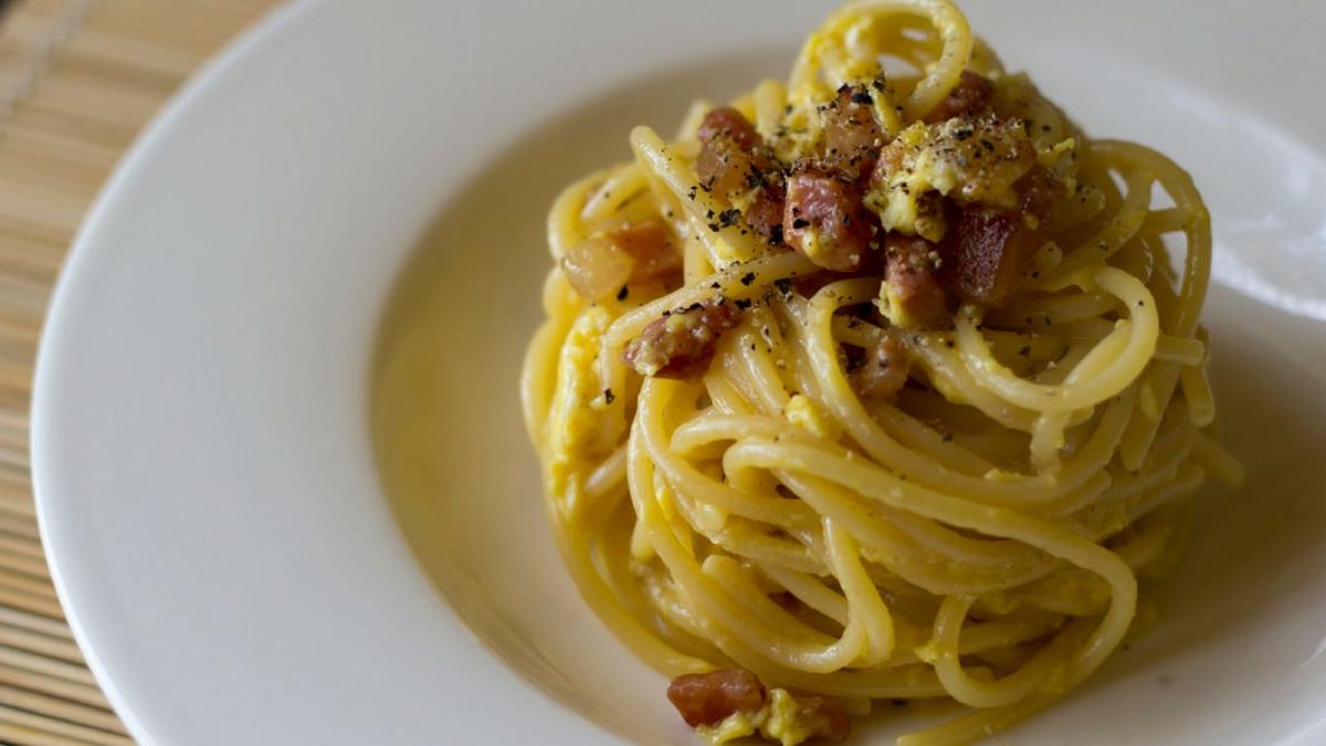El secreto para una buena receta de Pasta Carbonara perfecta