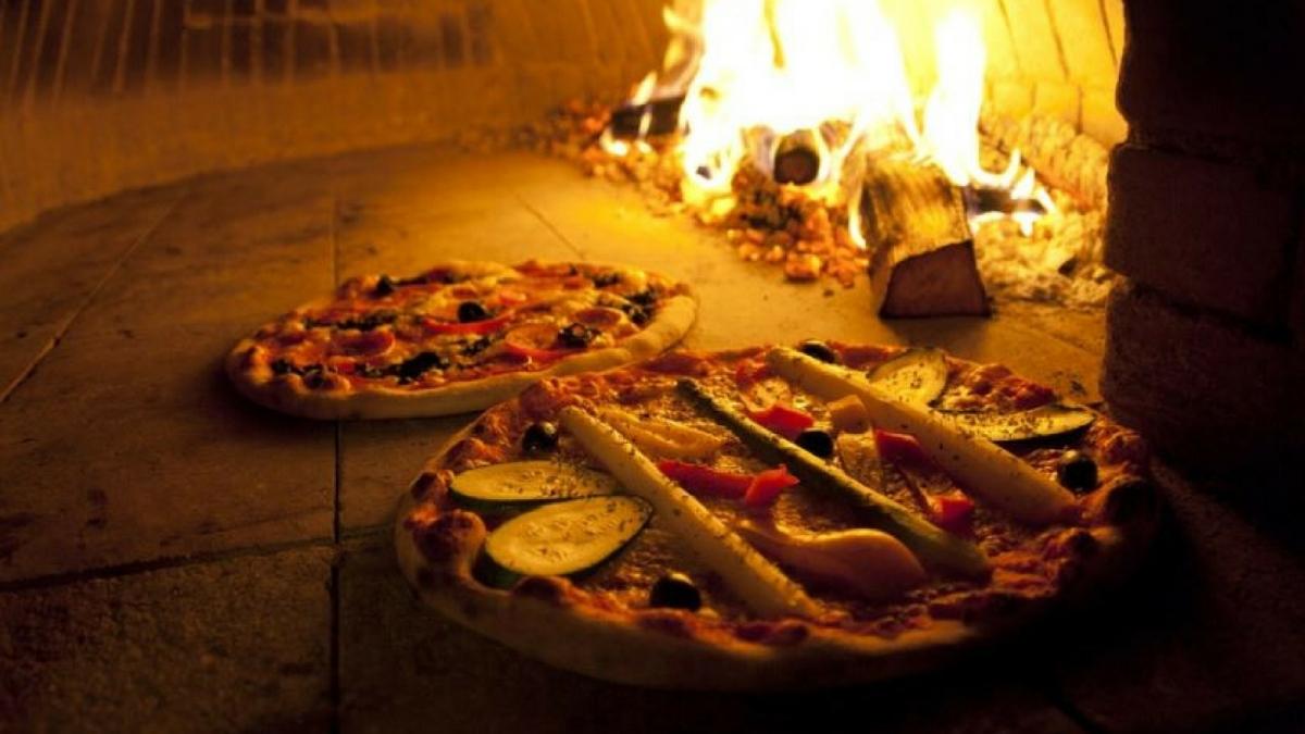 Este es el jugoso secreto de la increíble receta de masa de pizza crujiente